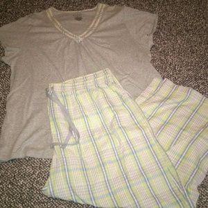 Other - Women's size XL pajamas set